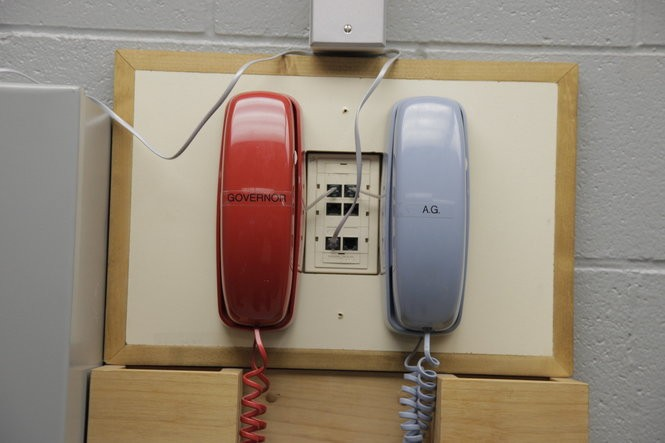 Phones near the execution chamber connected to the governor's office.