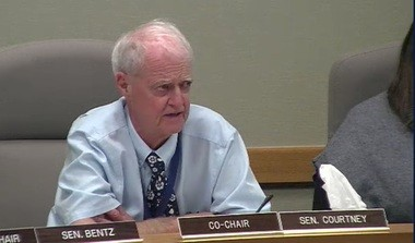 Sen. Peter Courtney addresses the Joint Interim Committee on Climate Reduction on Friday.