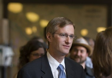 Oregon Treasurer Ted Wheeler's proposal would curtail his powers.