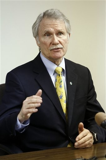 Oregon Gov. John Kitzhaber says a new system allowing mediation rather than malpractice lawsuits will improve patient care.