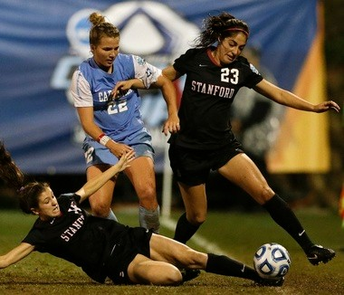 The Thorns selected North Carolina midfielder Amber Brooks (22) with their third pick (No. 24 overall) in the NWSL college draft on Friday.