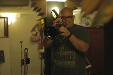 Newton is recording his new album at John Maribona's Pure Cuban Sugar Musica-Cubana studio.