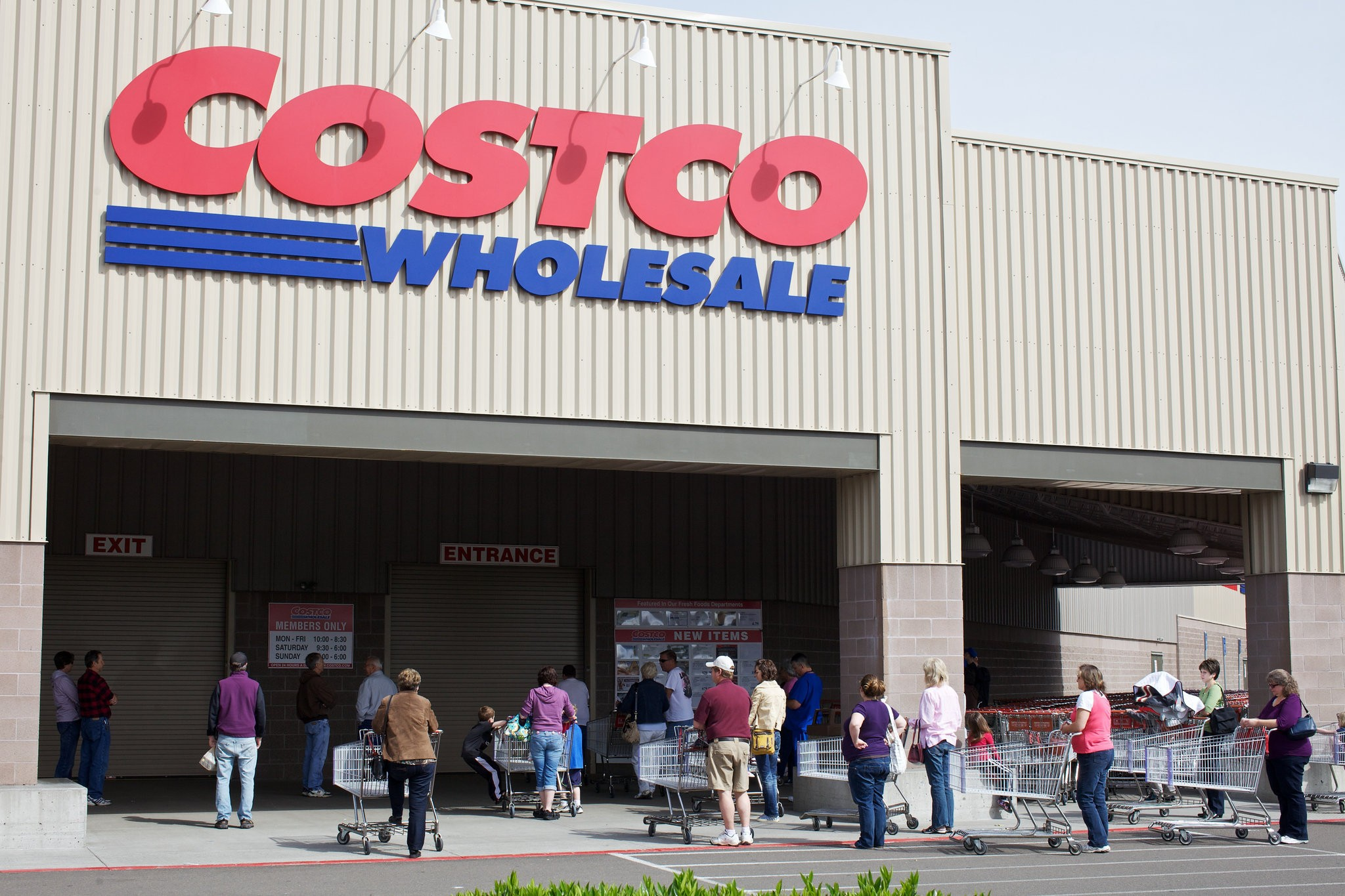 Facebook readers react to Costco receipt-checking lawsuit