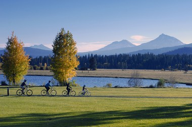 Black Butte Ranch offers 18 miles of paved bicycling pathways.