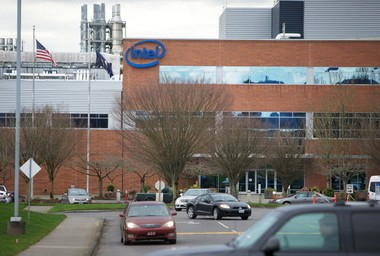 Intel is spending billions of dollars to expand and upgrade production at its Ronler Acres campus in Hillsboro. But activity elsewhere appears to be ebbing.
