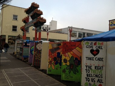 Another 39-degree morning at Right 2 Dream Too, the Pearl District haunts of the homeless