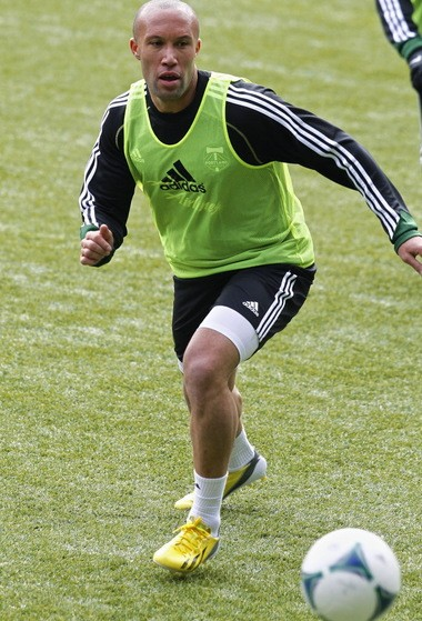 The Timbers signed center back Mikael Silvestre, team owner Merritt Paulson announced Tuesday.