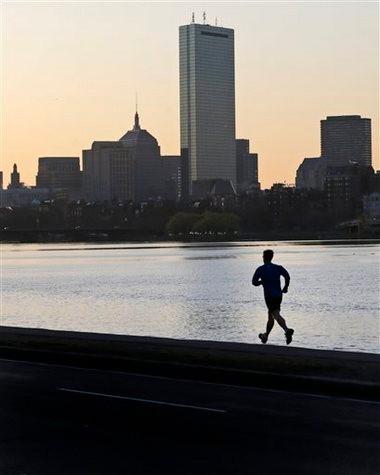 Boston Marathon: FBI searches apartment seeking clues in