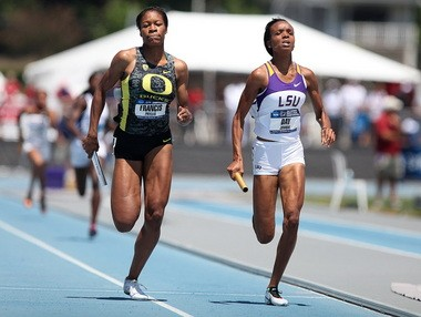 Oregon's Phyllis Francis (left) runs down Jonique Day on the home straight en route to helping the Ducks set a meet record in the 4x400 relay at last spring's NCAA Outdoor Championships.
