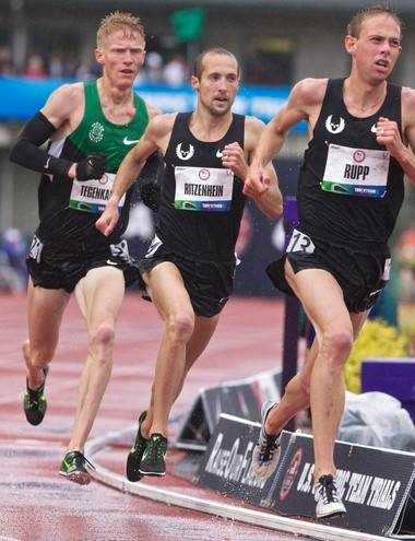 Dathan Ritzenhein (center) at the 2012 U.S. Olympic Trials.