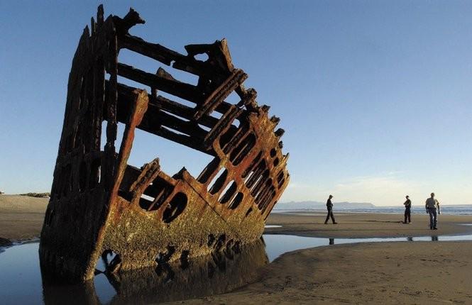 8 shipwrecks that still haunt the Oregon coast - oregonlive com