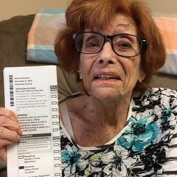Oregon Woman 90 Died Happy After Voting For Hillary Clinton Son Says Oregonlive Com