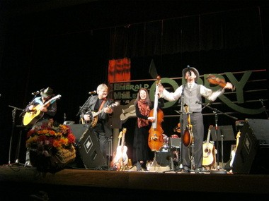Bluegrass quartet Kathy Boyd and Phoenix Rising