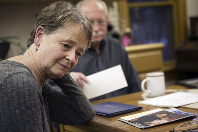 Mary Pitkin (left) and her husband, Russell, struggle to understand how daughter Madaline Pitkin of Portland died in the Washington County Jail.
