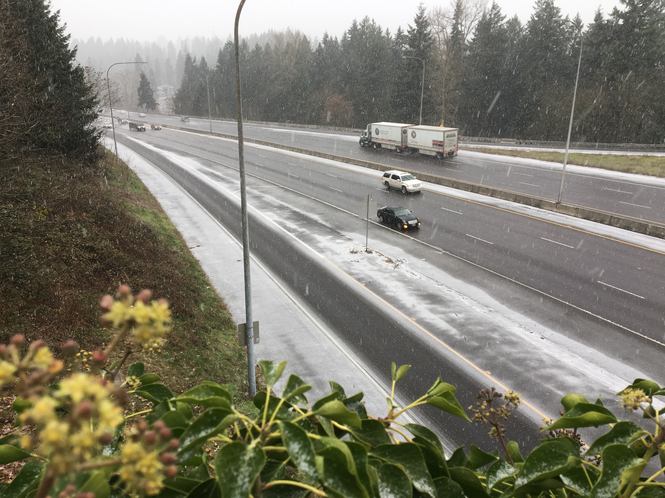 Portland wintry mix updates: Road, weather conditions worsen