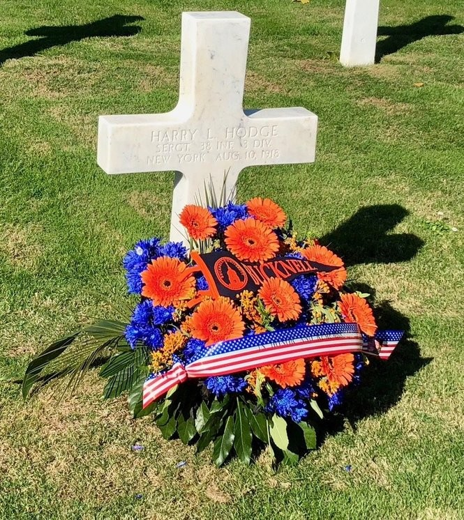 Grave with flowers for Sgt. Harry L. Hodge, Class of 1911, at Oise-Aisne Cemetery, France