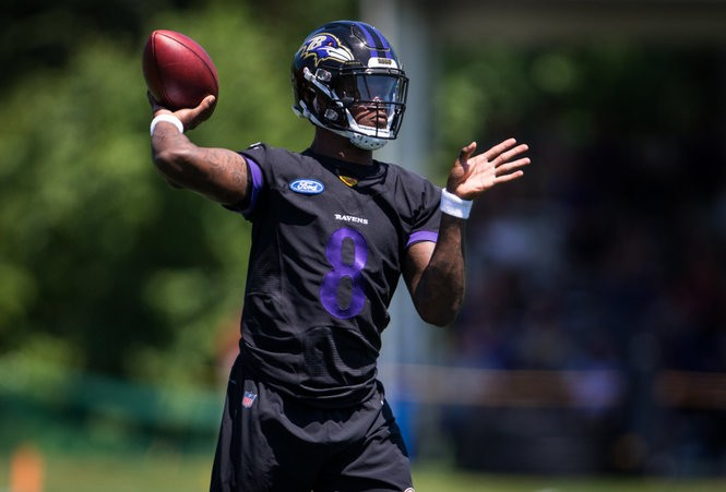 the latest a17df b9a66 Baltimore Ravens get creative with Lamar Jackson; injury ...