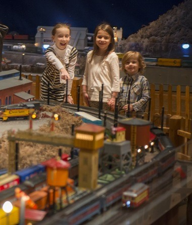 Kids squeals of pleasure banter with the horns of trains that run on 2000 feet of track at the Brandywine River Museum.