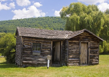 This reconstructed cabin shows what the buildings of French Azilum were like.