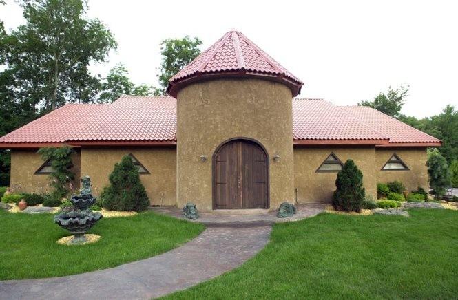 In this Thursday, July 13, 2000, photo, the Frank Frazetta Museum in Marshalls Creek, Pa., is seen. (AP Photo/Pocono Record, Jason Farmer)
