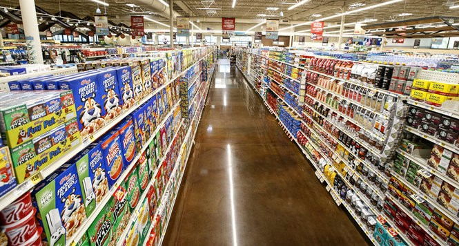 Who has the cheapest grocery prices: Aldi, Giant, Karns