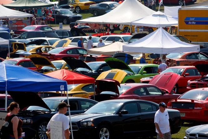 Chryslers At Carlisle >> Carlisle Chrysler Nationals 11 Things You Need To Know