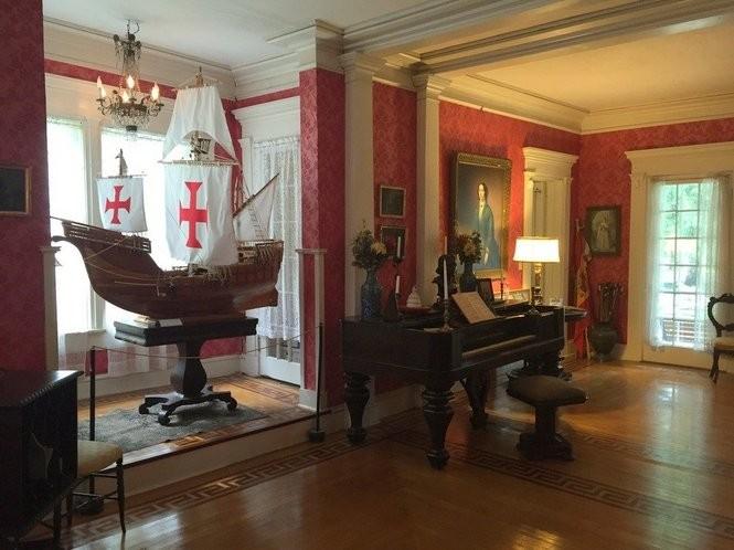 Inside Boal Mansion