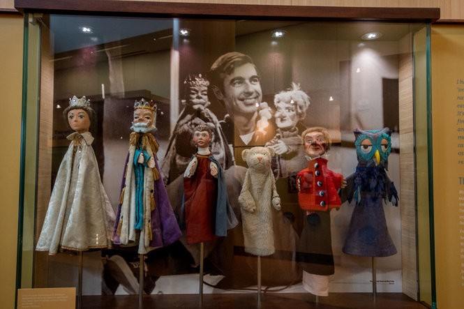 7 Neat Ways To Explore The Life And Legacy Of Mr Rogers In Pennsylvania Pennlive Com