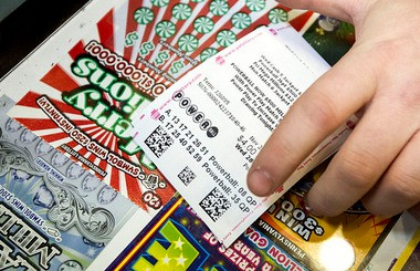 The Pennsylvania Lottery is on track to set a new ticket sales record. Meanwhile, Gov. Tom Corbett's administration continues its pursuit to privatize the lottery's management.