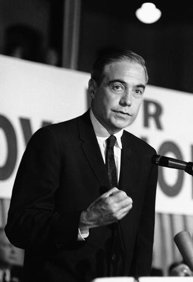 In this 1962 file photo, then-U.S. Rep. William Scranton Jr. addresses a Republican rally in Scranton, Pa., officially opening his campaign as the Republican candidate for Governor. Scranton, former Pennsylvania governor, presidential candidate and ambassador to the United Nations, died Sunday, July 28, 2013. He was 96. (AP Photo/Paul Vathis, File)