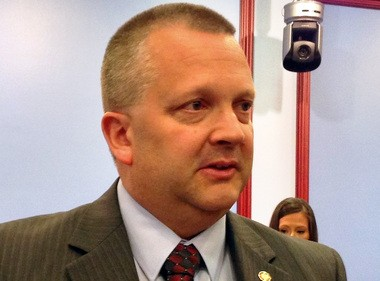 State Rep. Daryl Metcalfe, R-Butler, calls for a cash gift ban law that would apply to public employees and public officials.