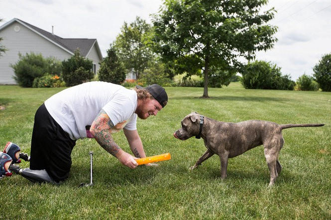 Finally out of Walter Reed for good and at Megan's parents' house near Chambersburg, Rob Easley savors the simple things, like playing fetch with his dogs. He has met his goal of walking home from war, and the future is full of possibilities. Weeks later, he and Megan relocate to Florida to be near the military community of bomb disposal specialists, the only people who Rob says truly understand what he's been through.