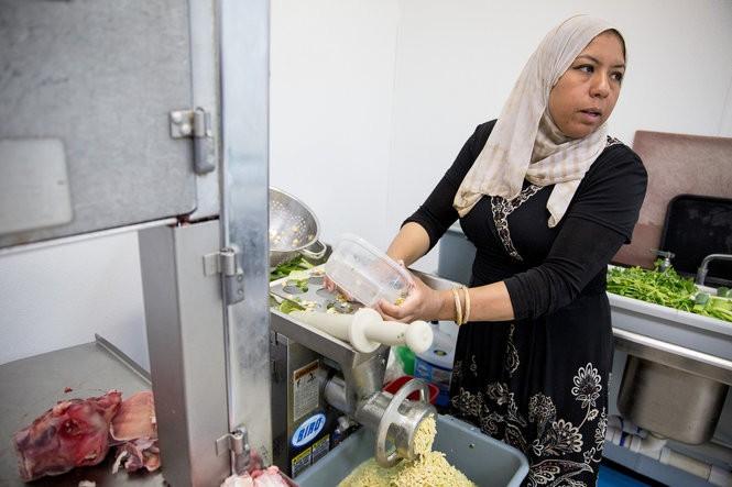 Ola Soweilam makes falafel at her store, El Ola Mediterranean in Camp Hill, on July 16, 2016.