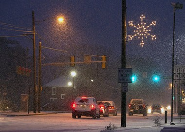 Snow hit the mid-state in Cumberland County Thursday morning, Dec. 26, 2013. Mark Pynes | mpynes@pennlive.com