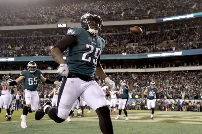 f4f7d1f69ae Philadelphia Eagles' LeGarrette Blount celebrates after a touchdown during  the first half of an NFL divisional playoff football game against the  Atlanta ...