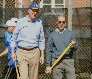 Mayor Bill de Blasio and Borough President James Oddo at the 2015 Staten Island Little League Opening Day.