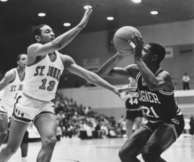 Terrance Bailey of Wagner, right, shooting against Mark Jackson of St. John's, led the nation in scoring as a junior in 1985-86 and remains the Northeast Conference's career scoring leader. Only five men have been atop their conference scoring charts longer than Bailey, including Pete Maravich of LSU.