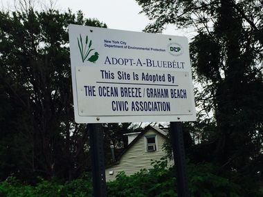 Slater Boulevard, within the Graham Beach state buy-out area. Aug. 12, 2014. (Staten Island Advance/Virginia N. Sherry)