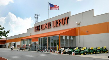 The Stephen Siller Tunnel to Towers Foundation will distribute Home Depot gift cards, to a value of $2.75 million, to help Sandy victims buy some of the building supplies they need to repair their storm-damaged homes.