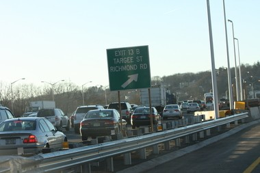 The Staten Island Expressway's new west-bound ramp Exit 13B opened four days ahead of schedule