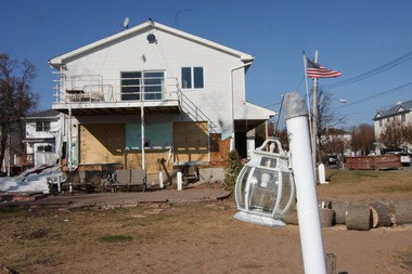 Many homeowners on Staten Island are waiting for federal funds to help them finish the repairs on their homes damaged by Hurricane Sandy.