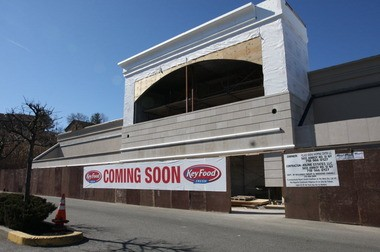 Slated to open in early May, the new Key Food in Arden Heights will take over the 28,000-square-foot space formerly occupied by King Kullen supermarket.