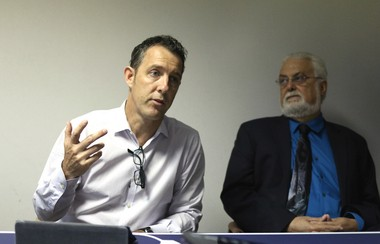 Alex Mattheissen, campaign director at Move NY, and MTA Board Member Allen Cappelli discuss Move NY's version of congestion pricing at a recent Staten Island Advance editorial board meeting on May 13, 2015. (Staten Island Advance/Vincent Barone)