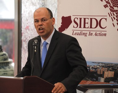 In the last six months, the Staten Island Economic Development Corp. (SIEDC) has been flooded with requests for commercial and industrial real estate, said Cesar Claro, SIEDC president. (Staten Island Advance/Anthony DePrimo)
