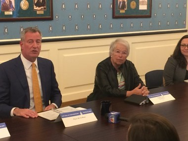 Mayor Bill de Blasio and Schools Chancellor Carmen Farina talked about the state of Staten Island schools during a meeting in Borough Hall last month. (Staten Island Advance)
