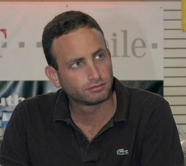Jonathan Braun, pictured above at his cellular phone store in Tottenville in 2006, pleaded guilty to conspiracy in 2011, after the feds dubbed him the kingpin of a billion-dollar marijuana enterprises.