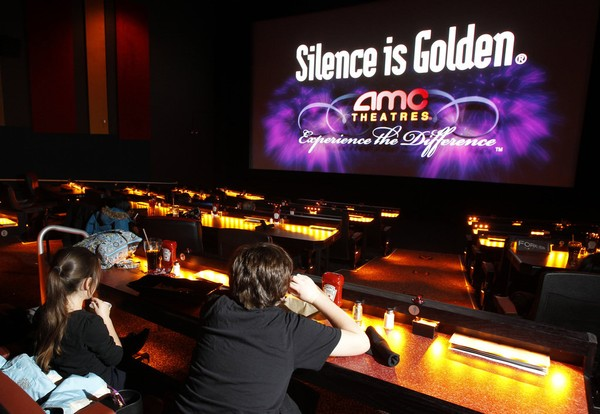 Amc Theatres Coming To Mall Offering 10 Movie Popcorn Drink Deal