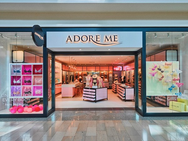 Adore Me, a 6-year-old online lingerie retailer, recently launched its first brick-and-mortar operation in the Staten Island Mall, New Springville. (Photo by Frank Oudeman/Courtesy of Adore me)