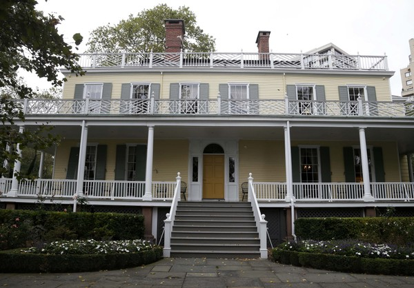 Gracie Mansion, the home of Mayor Bill de Blasio, is located on the Upper East Side of Manhattan. (AP Photo/Seth Wenig, File)