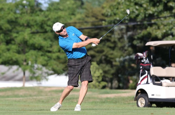Islander Rodney Stilwell and the other players in the New York City Amateur will have to almost a month to complete the tournament.